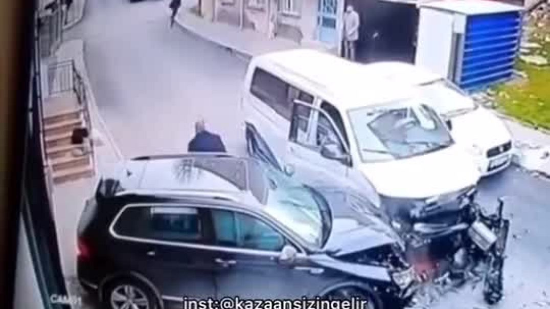 People Running Away After Smashing Other Car
